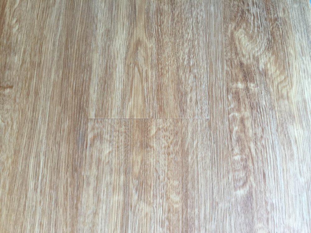 "cerameta - coremax hybrid vinyl flooring 7"" x 48"" - light oak"